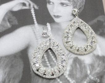 Retro Rhinestone Tear Drop Earrings, Wedding Earrings, Crystal Bridal Earrings, Vintage Dangle Earrings, Old Hollywood Jewelry