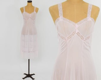50s Pink Slip | Sheer Pale Pink Nylon & Lace Nightie Nightgown Lingerie | Kayser | Small Medium
