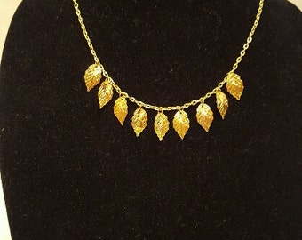 Delicate Leaves Necklace, Gold Tone