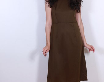 1960s Classic Womans Brown Dress