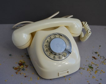 White rotary telephone - Vintage desk phone -  Home decor - Soviet Union - Era 60x. - Retro phone.
