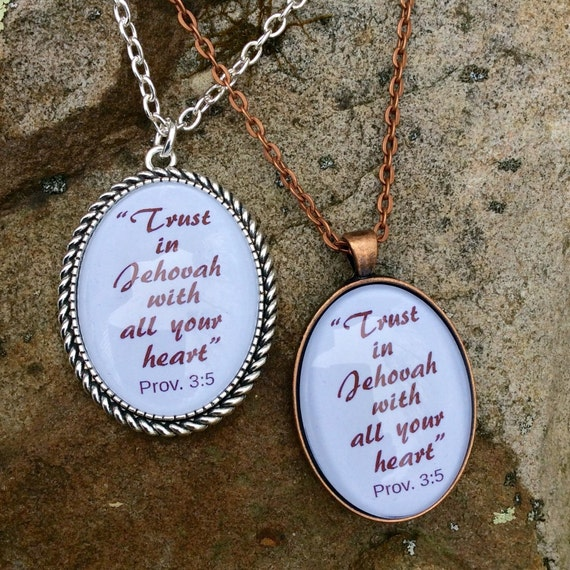 "JW Pendant White or Red ""Trust in Jehovah with all your heart"" Prov 3:5 NWT, Handmade Copper Pendant.  Blue velvet gift pouch."