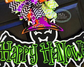 Halloween  Door Hanger - Fall Door Hanger - Bat Door Decor - Fall Decor - Thanksgiving Decorations - Halloween  Wreath- Scary Door Hanger