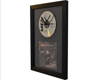 The Who - Meaty Beaty Big and Bouncy - CD and Art Clock