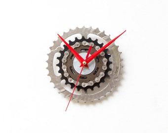 Bicycle Sprocket Clock, Bike Wall Clock, Bike Gift, Cyclist Gift, Unique Gift, Boyfriend Gift, Husband Gift, Birthday Gift, Dad Gift, Clock