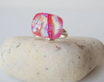 Sterling Silver Ring Red Dichroic Glass Ring Vintage Ring, Modernist Ring 6 1/4, Fashion Abstract Ring 6,Cosmic Ring, Modernist Jewelry