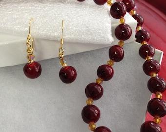 Sale!!! Elegant gem Stone necklace in red...