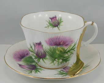 lovely scallop shape royal albert teacup u0026 saucer delicate floral pattern on white