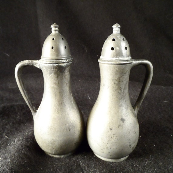 Salt and Pepper Shakers-Continental Mfg. Co, Genuine Pewter 010 Salt and Pepper-Antique Rare low number collectible salt and peppers