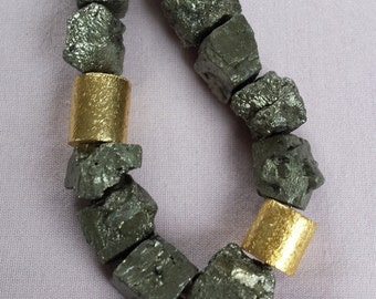 Decorative pyrite necklace