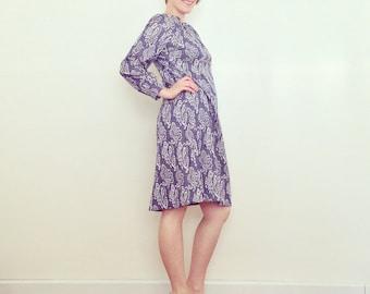 Vintage Dress / Blue & White A-Line Shift / 1960s