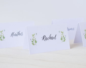 Wedding Guest Place Cards Place Card Tags / DIY Escort / Place Cards - Spring Green Wreath