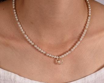 Wedding Necklace, Bride Necklace, Beaded pearl Necklace, Bridesmaid necklace, Delicate White Pearl necklace, Minimal Bridal Jewelry, Wedding