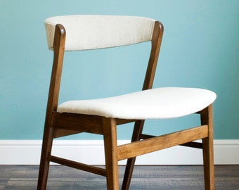 Set Of Four Mid Century Danish Style Dinning Chairs