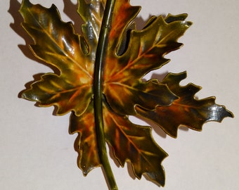 Vge ORIGINAL BY ROBERT Signed Enamel Oak Leaf Brooch.