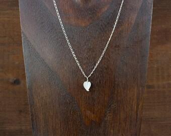 Collar corazón de nácar, incluida cadena de plata