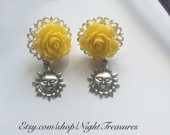 SALE Antique silver suns with yellow flowers stud post earrings