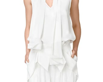 SALE Sleeveles White V Neck and Back Top with Scarf by ILMNE