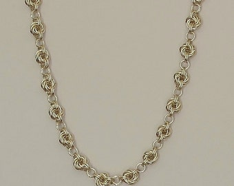 Mobius Knot Chainmaille Necklace
