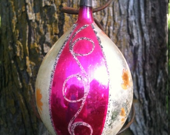 Blown glass Vintage teardrop Christmas ornament Large pink pointed end retro holiday decoration