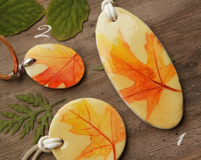 Autumn leaves necklace, maple pendant, boho style, hand-painted, epoxy, natural style, summer jewelry, Maple Leaf, minimalism, imprint