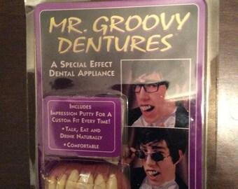 Vintage Mr Groovy Dentures Austin Powers In package