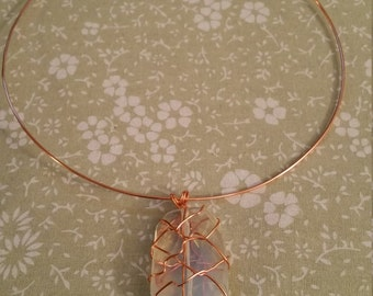 Choker with wrapped pendant