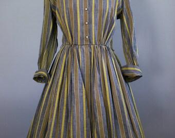 Vintage 1950s Shirwaist Dress / Stripes / Medium