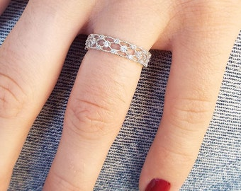 Lattice Milgrain cz diamond eternity ring CZ sterling silver rhodium plated milgrain lattice eternity stacking band