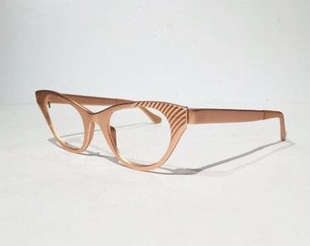Vintage 60s TURA Rose or Pink Aluminum Cat Eye Eyeglasses, New Old Stock, Rose Pink Cateye Etched Aluminum Glasses Frames, NOS, Rockabilly