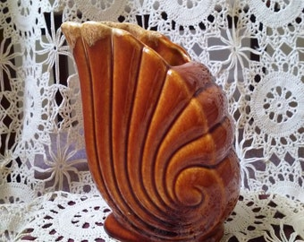 Price Drop! Was 20.00, now 15.00! Vintage Redware Shell Vase