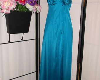 Vintage Vanity Fair teal green long peignoir nightgown size 30 XS; wrap/open front with side tie and snap; gathered bust; pinup boudoir gift