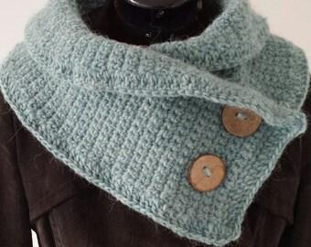 Crocheted collar, Button Shawl, Neck Warmer