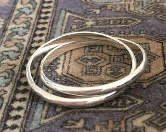 Intertwined Rolling Thumb Ring in Sterling Silver - also wear as a finger ring!