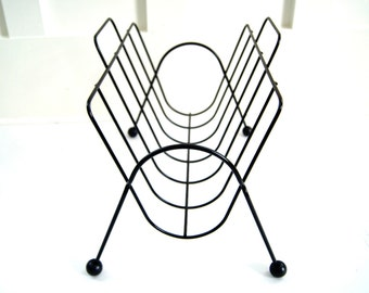 Mid Century Modern Magazine Rack Holder, MCM Atomic, Black Wire Metal and Ball Feet, Industrial Chic