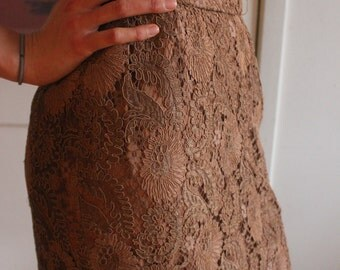 20s style peach/beige lace skirt