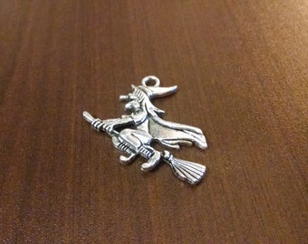 5pcs - Silver Halloween Witch on a Broomstick Charms - Charms - Jewelry