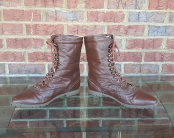 Vintage 80s Brown Leather Lace Up Ankle Boots Sheepskin Lined 1980s Size 8 ~~ Boho, Hipster, Breakfast Club, Retro
