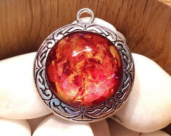 Pendant cabochon hand painted in red/fire glass-cabochon glass magnifying glass / silver / ethnic style