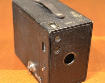 PRICE REDUCED - Vintage Kodak Brownie No 2A Box Camera
