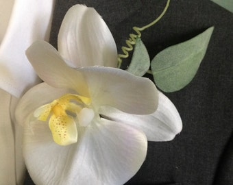 Sculpted Orchid Boutonniere Wedding