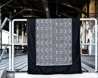"Tagesdecke ""black n' white Plaid"" (Plaid, Blanket, Bed cover, Sofa cover, Überwurf)"
