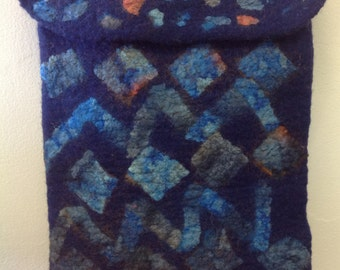 Handfelted IPad case