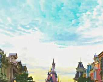 Disneyland/Paris/France/Dream/Castle/Princess/Queen/Sky/Room/Deco/Main/Street/Life/King/Prince