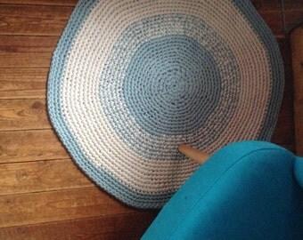 Tapis rond en crochet