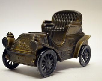 Vintage 1902 Bronze Die Cast Metal Horseless Carriage Rambler Car Coin Banthrico Inc. Chicago USA Bank
