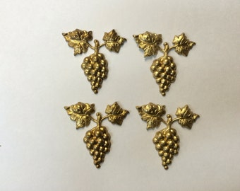 Brass Stamping - Brass Grape Cluster with leaves - Set of 4