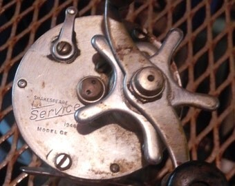 Vintage Shakespeare Fishing Reel