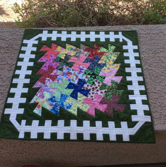 Twister Quilt Pattern Directions : Garden Twister Quilt Pattern Quilted Table Topper Wall