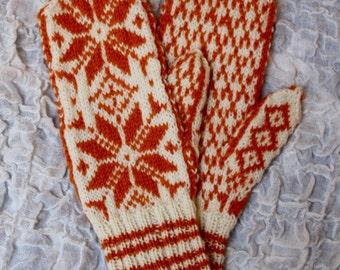 Homemade Norwegian style woolen mittens